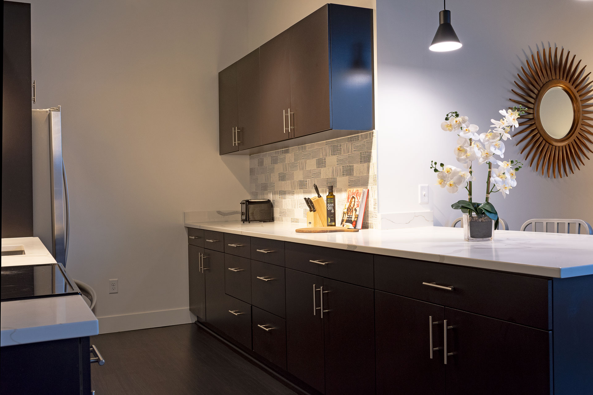 Nice Lighting in Kitchen